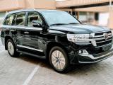 Купить новый Toyota Land Cruiser 200 VIP бензин 2020 id-1004379 в Украине